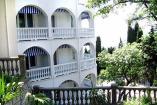 гостиница в Алупке с бассейном