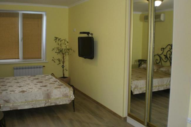 Крым гурзуф снять Видовая 4-х комнатная квартира по ул. Подвойского дом 9
