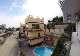 У Татьяны - Крым Судак гостиница с бассейном  недорогой отдых в Судаке