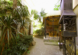 отель Ялтинский