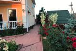 Крым Береговое  гостиница с бассейном  недорогой отдых в Крыму