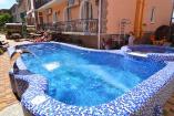 Крым Николаевка  гостиница с питанием  бассейн