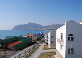 У  пляжа - Отдых в Крыму  Снять коттедж в Коктебеле