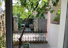 1 комнатная с двориком 2+2 человека    - Крым Евпатория Аренда посуточно  частный секор цены