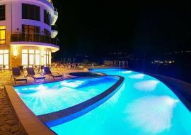 Восход - Алушта гостиница  с басейном