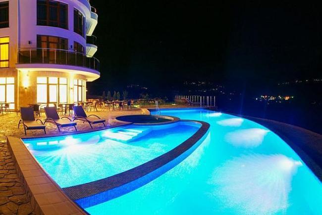 Алушта гостиница  с басейном