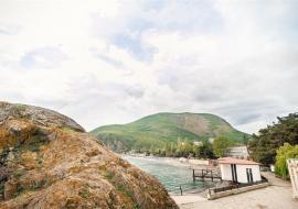 Алушта У Парадиза - № 13 Стандарт улучшенный с балконом (с двумя раздельными или одной двухсп. кроватью)    - Крым гостиница Партенит