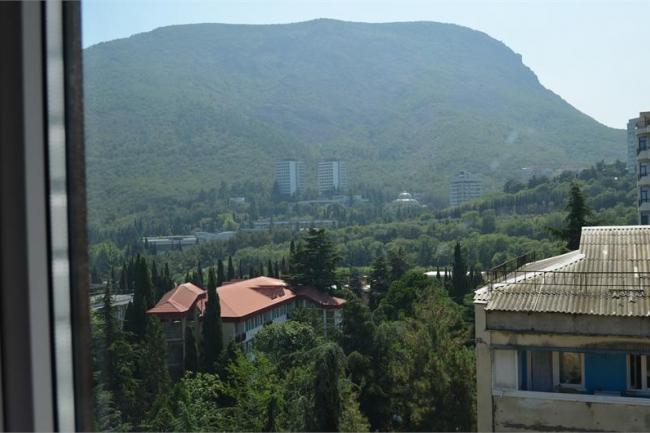Крым Снять посуточно  квартиру в Партените  Апартаменты 3-комнатные с видом